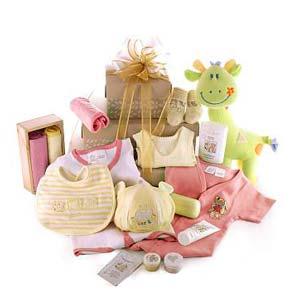 Корисні подарунки для новонародженого