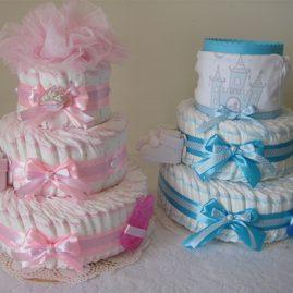 """Тортик з памперсів для двійні """"Маленьке королівство"""""""